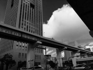 大阪西区西本町の交差点